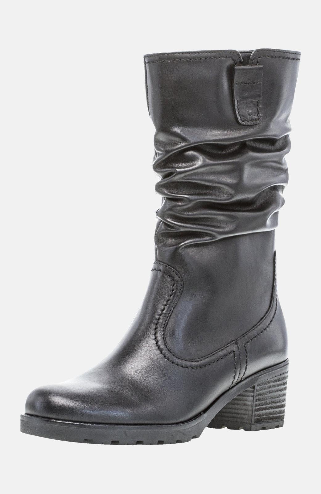 Skinnstøvler