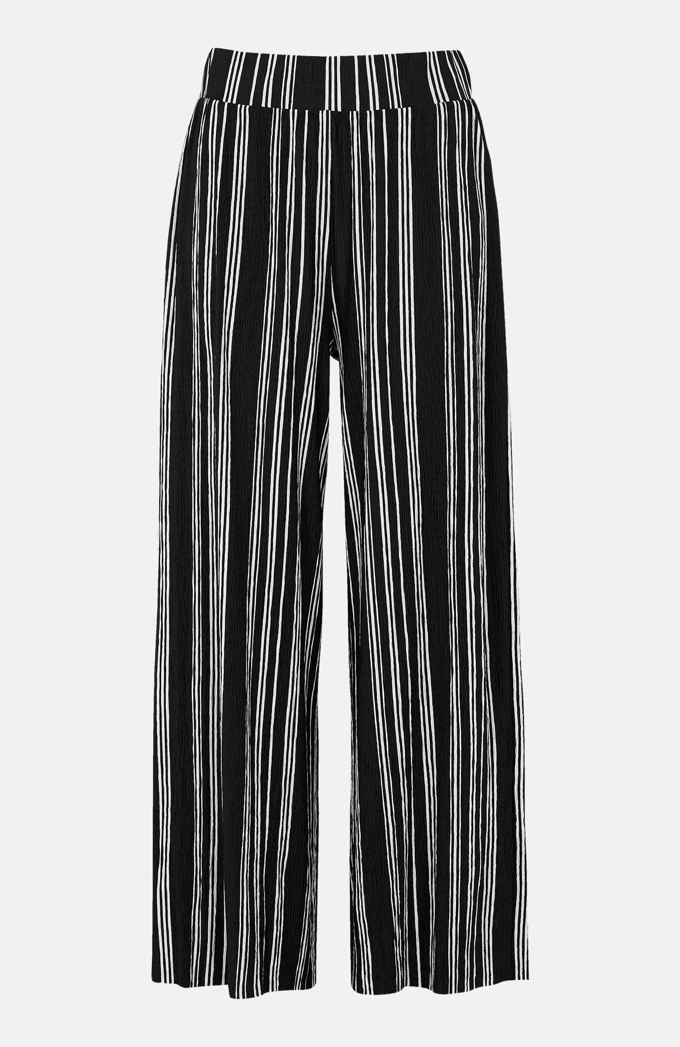 Stripete bukse i krinklet trikot