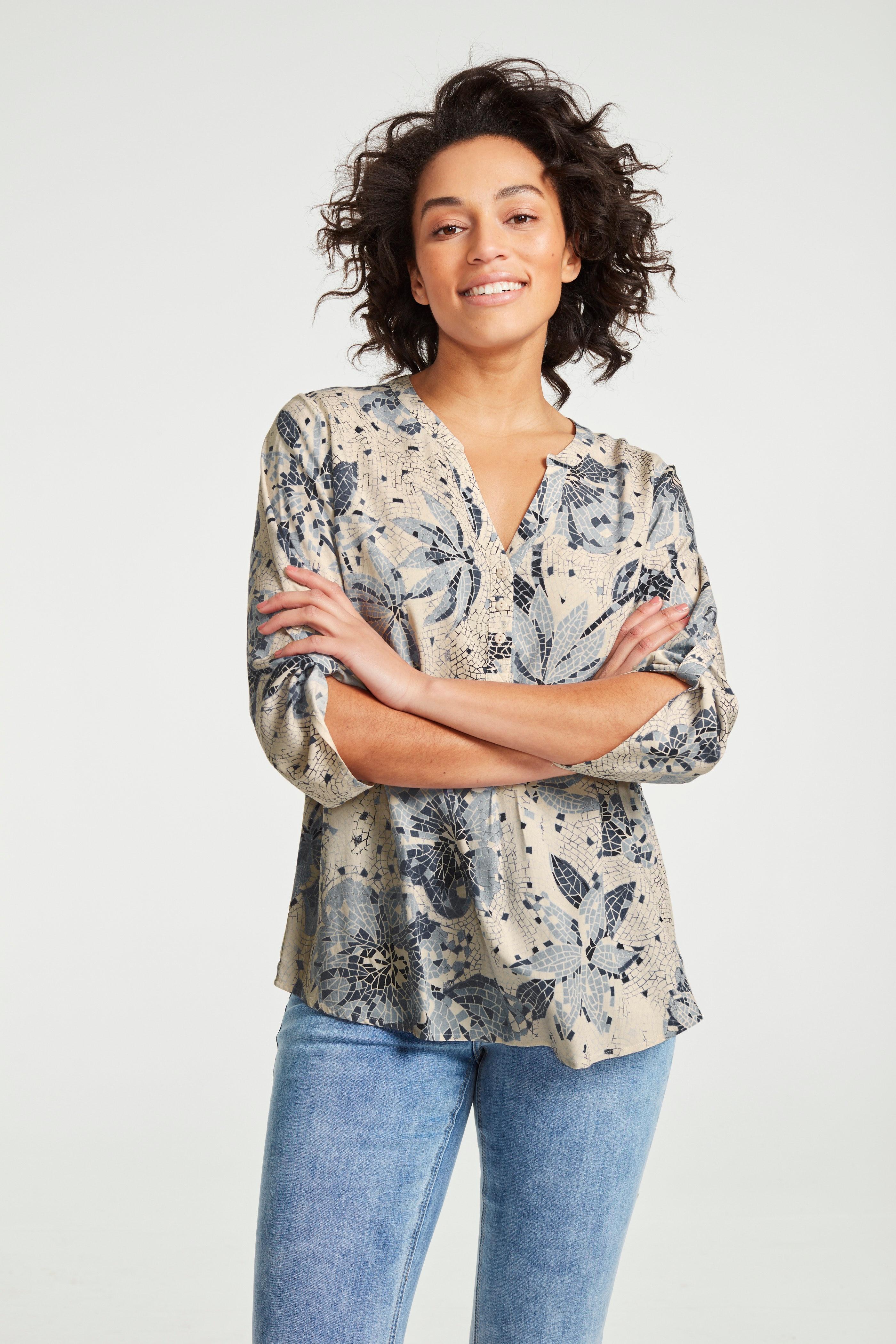 Mønstret bluse med 3/4-ermer
