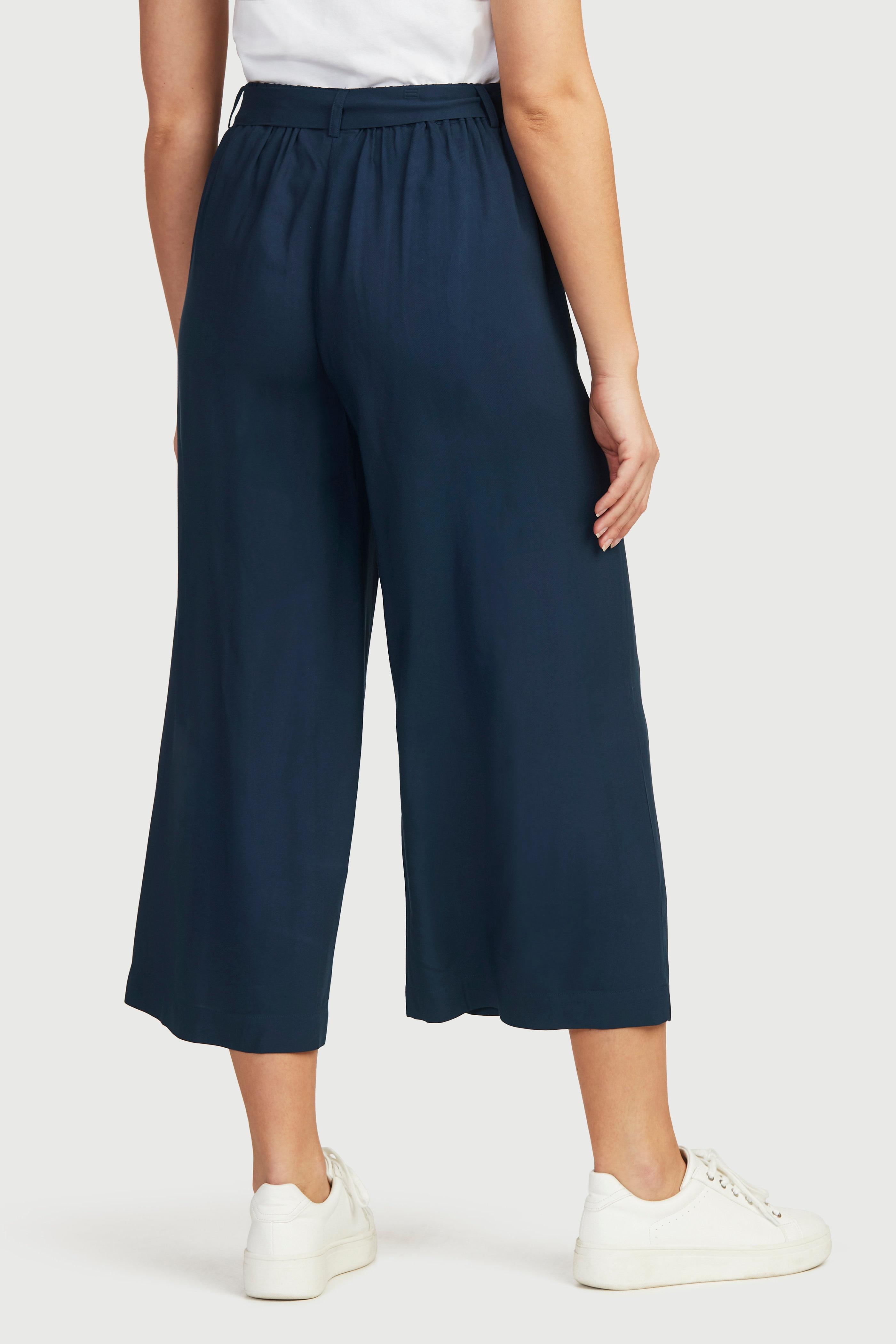 Culottebukse med vide ben.