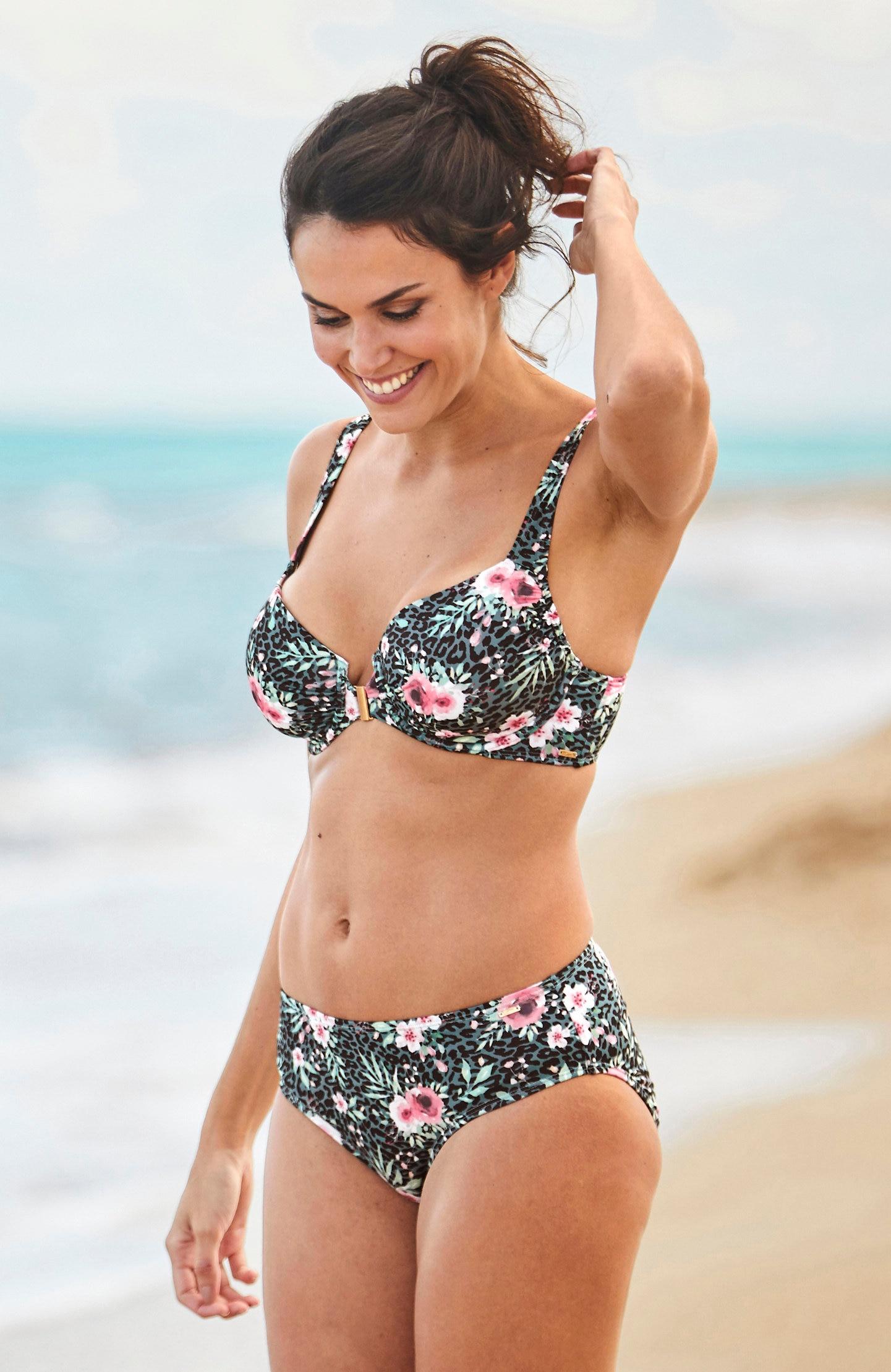 Blomstrete bikinitruse