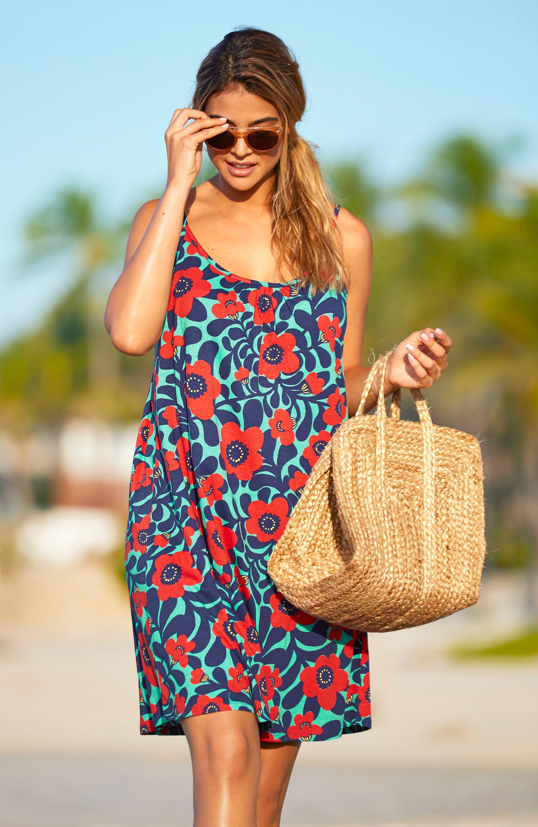 Blomstret strandkjole